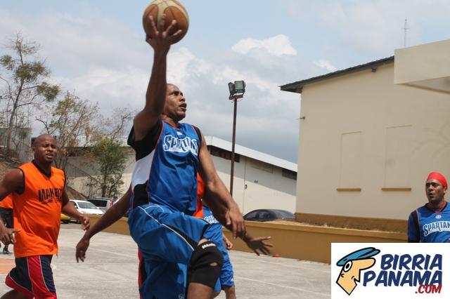 Finalizó la ronda regular del baloncesto de veteranos de la CGR