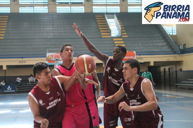 FOTOS DEL INTERCOLEGIAL DE BALONCESTO