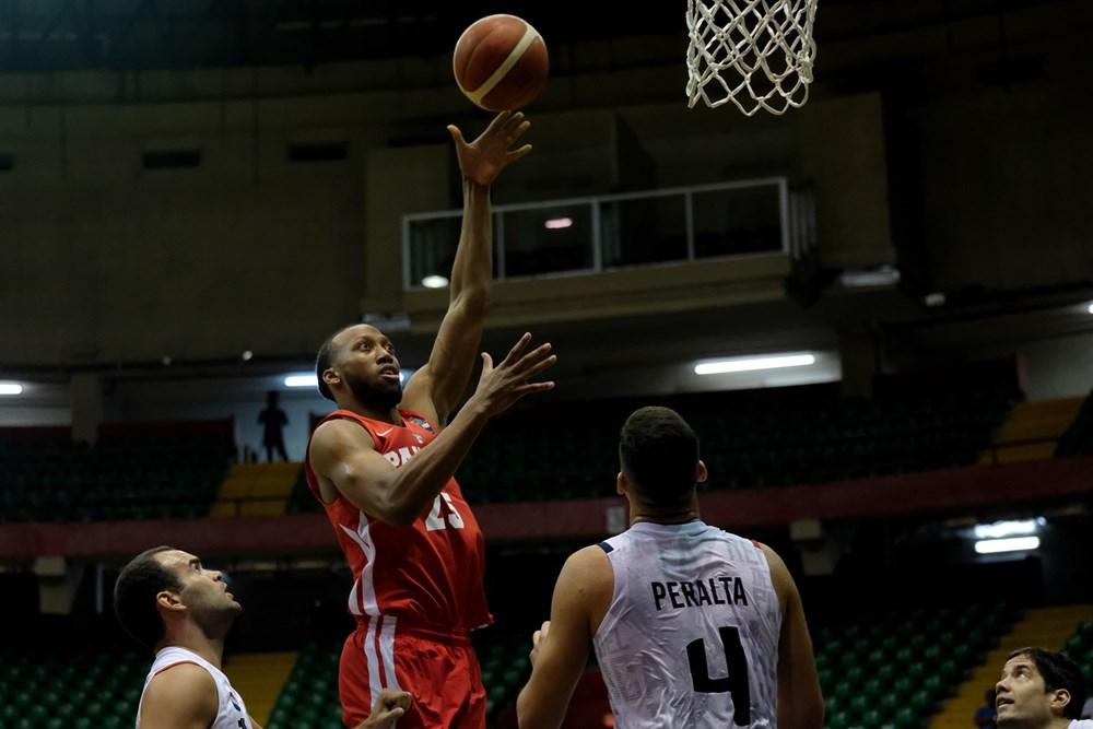 Panamá gana 82-79 sobre Paraguay como local en los clasificatorios AmeriCup de baloncesto